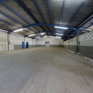 Warehouse For sale Caroni