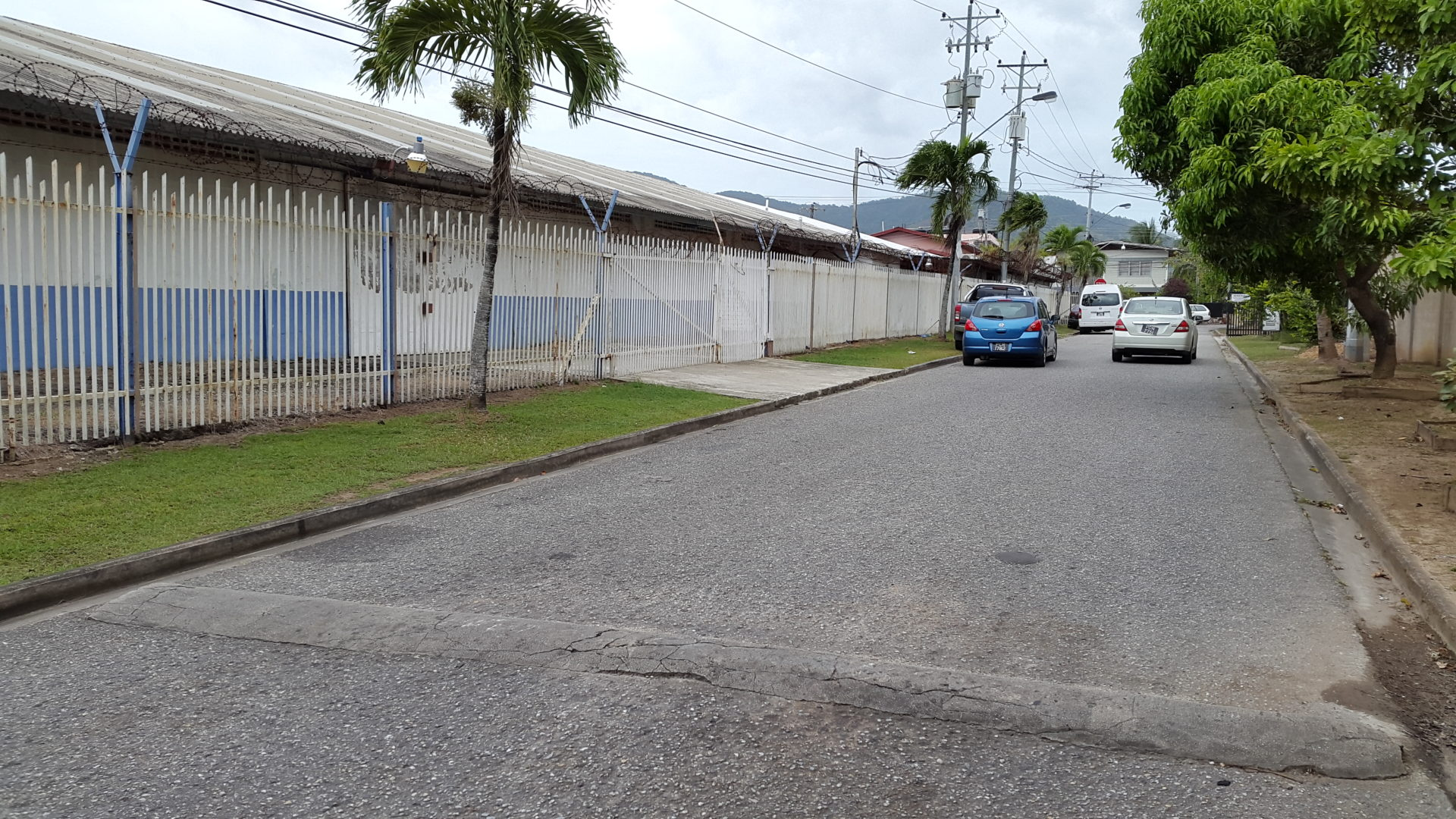 Curepe Ware House for Rent Close to Highway