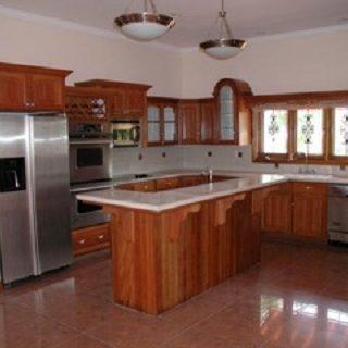 Residential Sale/Rental – Columbus Circle, Westmoorings
