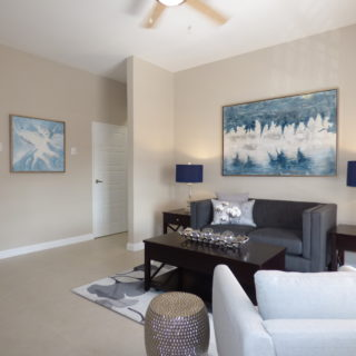 Newly Renovated 2 bdm Apartment – St. James – $1.4M