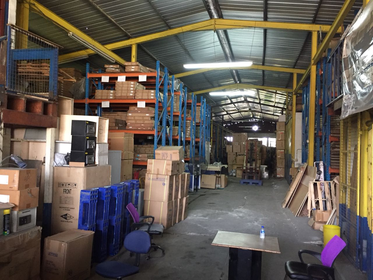 Warehouse For Sale, Eastern Main Road