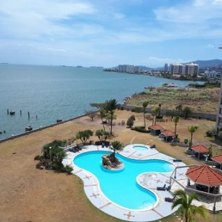 3 bed/2bath condo for rent Bayside Towers f.f./f.e. $3000 US