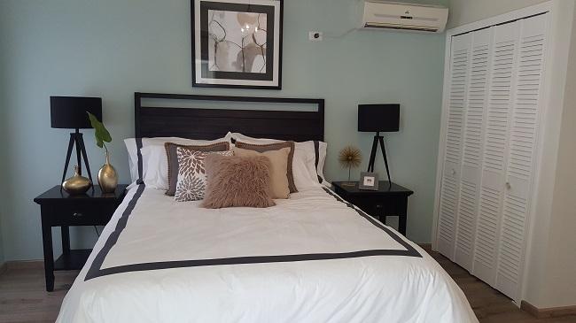 Modern Designer 3 bed/2bath apt gated community.