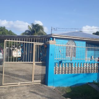 FOR SALE ROYSTONIA COUVA