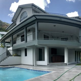 BEAUTIFUL NEW EXECUTIVE MODERN HOME FOR RENT IN ANGUILLA PARK, MARAVAL