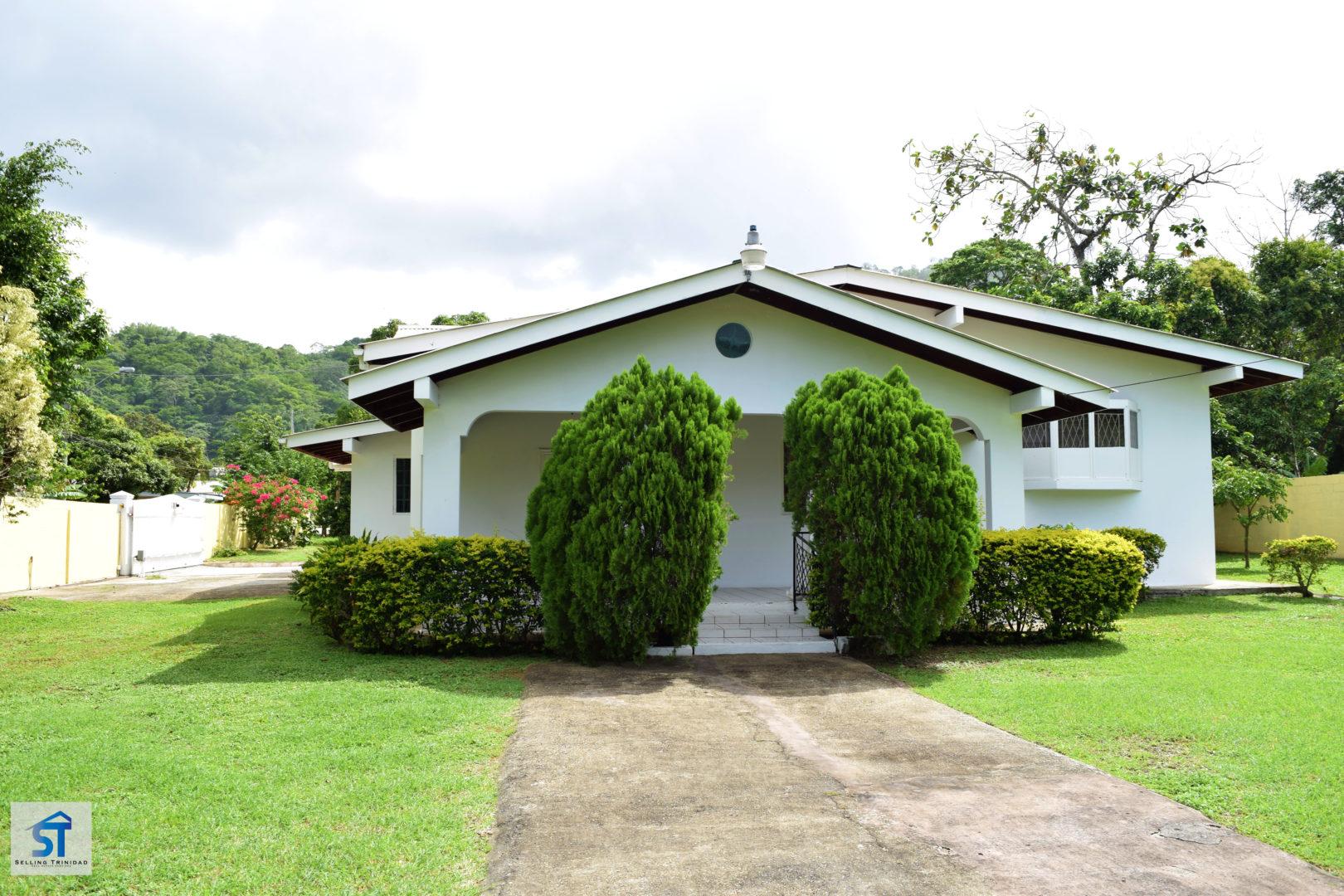 Spacious Santa Cruz home