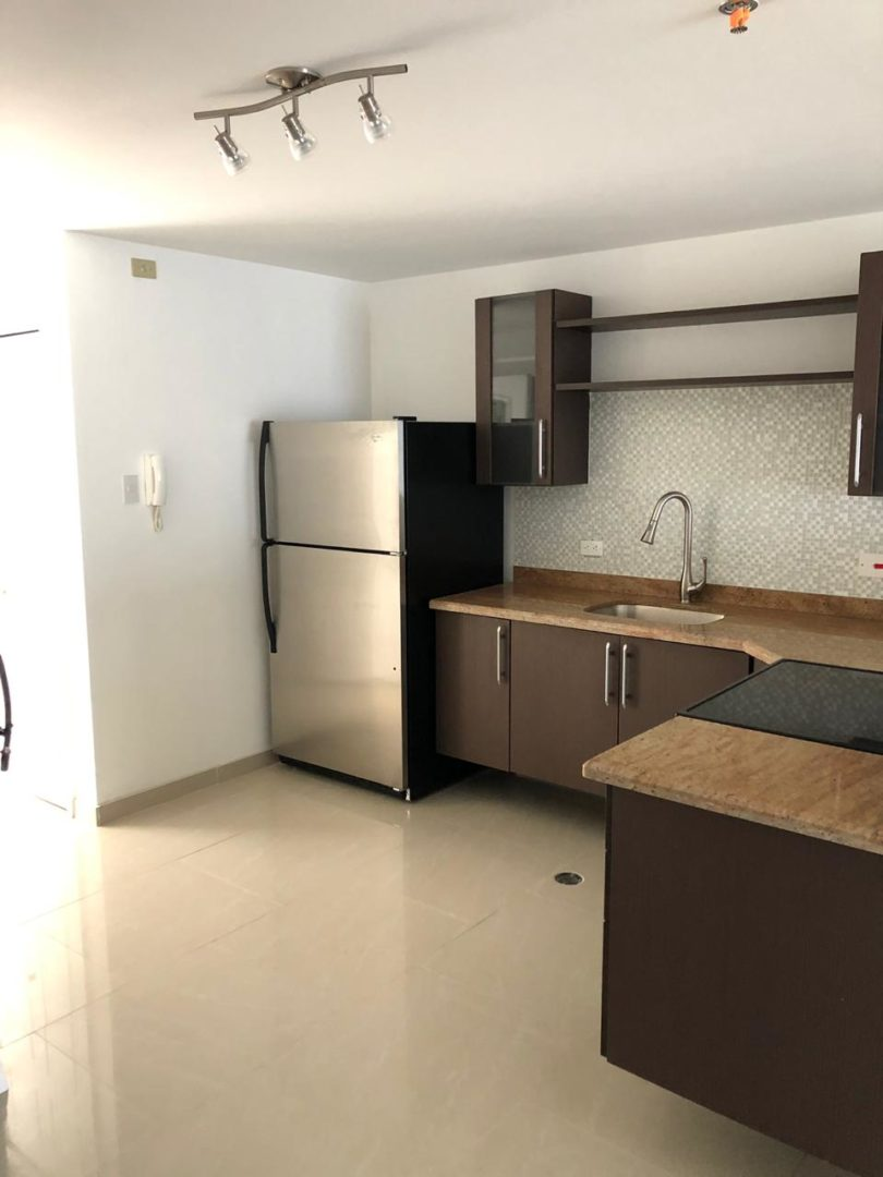 FOR SALE 2 bedrooms, 2 baths in Cara Court