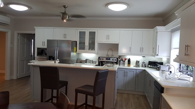 For Rent newly renovated modern house BAYSHORE 3 bed/3bath