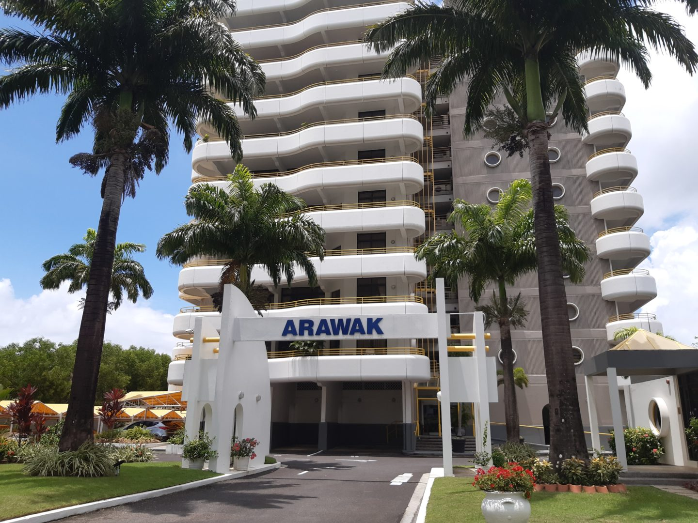 Arawak TOWERS apt. for SALE – Home / Investment