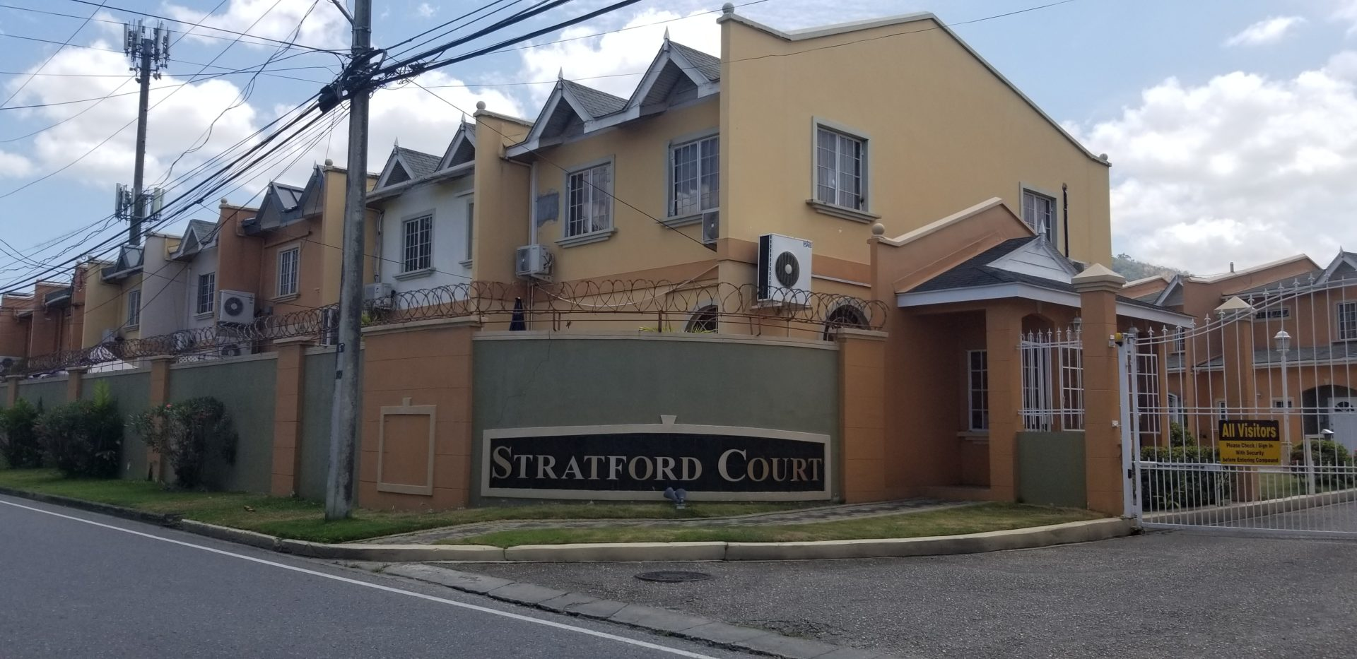 Stratford Court, Westmoorings South – Reduced!