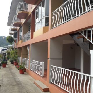 Tri Level townhouse for Rent