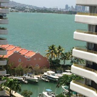 ARAWAK TOWER EXECUTIVE APT FOR RENT, WESTMOORINGS BY THE SEA