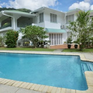 Classic 5 Bedroom home on a beautiful flat Lot