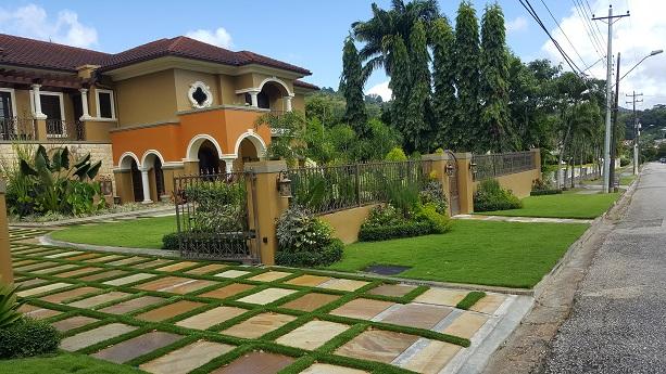 Classic Mediterranean Style 4 bed/4 bath Ensuit Exec. Home Ellerslie Park 28 M