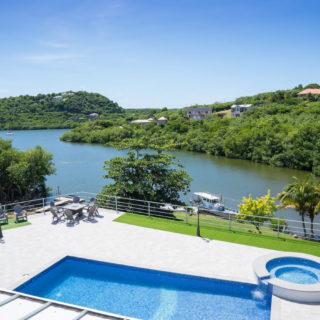 La Casa Del Mundo- Grenada