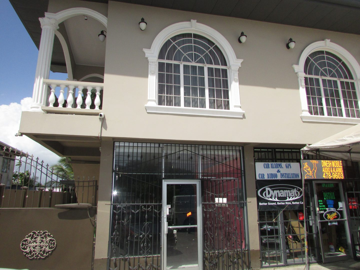 -St Helena Main Road unit for Rent – $4500 per month
