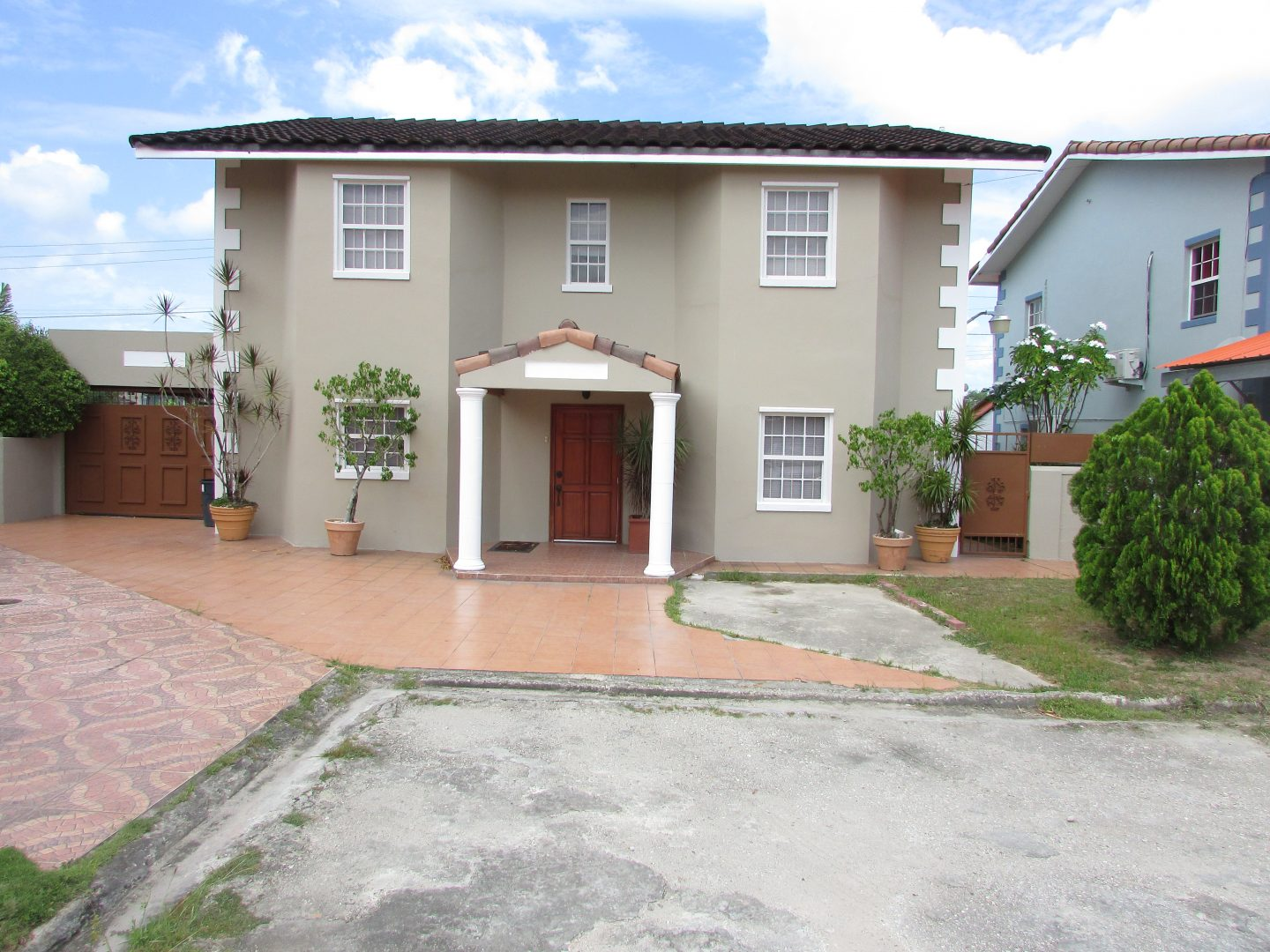 Ozone Park Chase Village House For Sale 1.75M