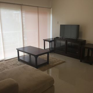 Apartment in West Hills, Petit Valley