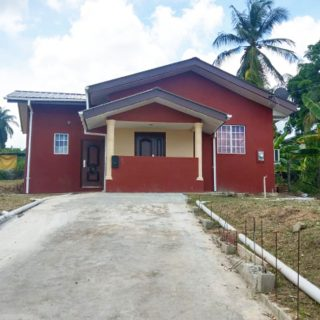 House for Sale in Claxton Bay