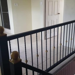 For Rent: Lovely Esperance upstairs/downstairs apartment
