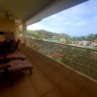Pomme Rose apt with amazing views for sale/rent
