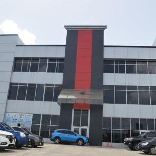 Commercial Offices / Warehouse for Rent in Charlieville
