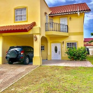 3 Bedroom townhouse – Lange Park, Chaguanas