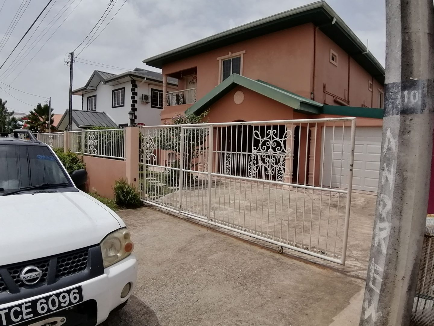 BEAUTIFUL FAMILY HOME FOR SALE IN ISABELLA PARK, CHAGUANAS