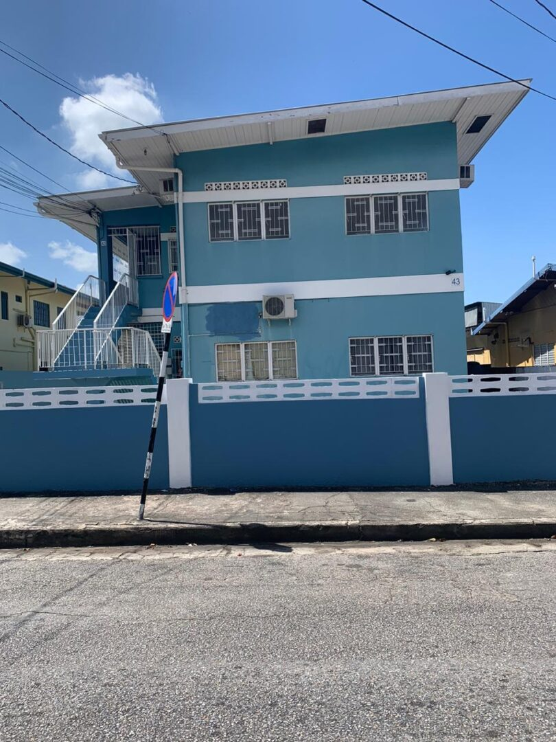 St. James Apartment Building for Sale | My Bunch of Keys