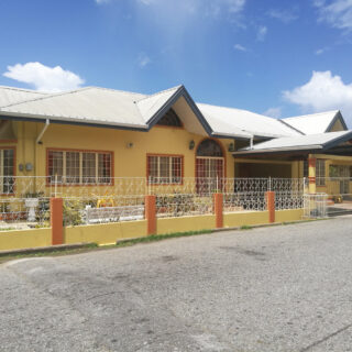 House for Sale in Barataria