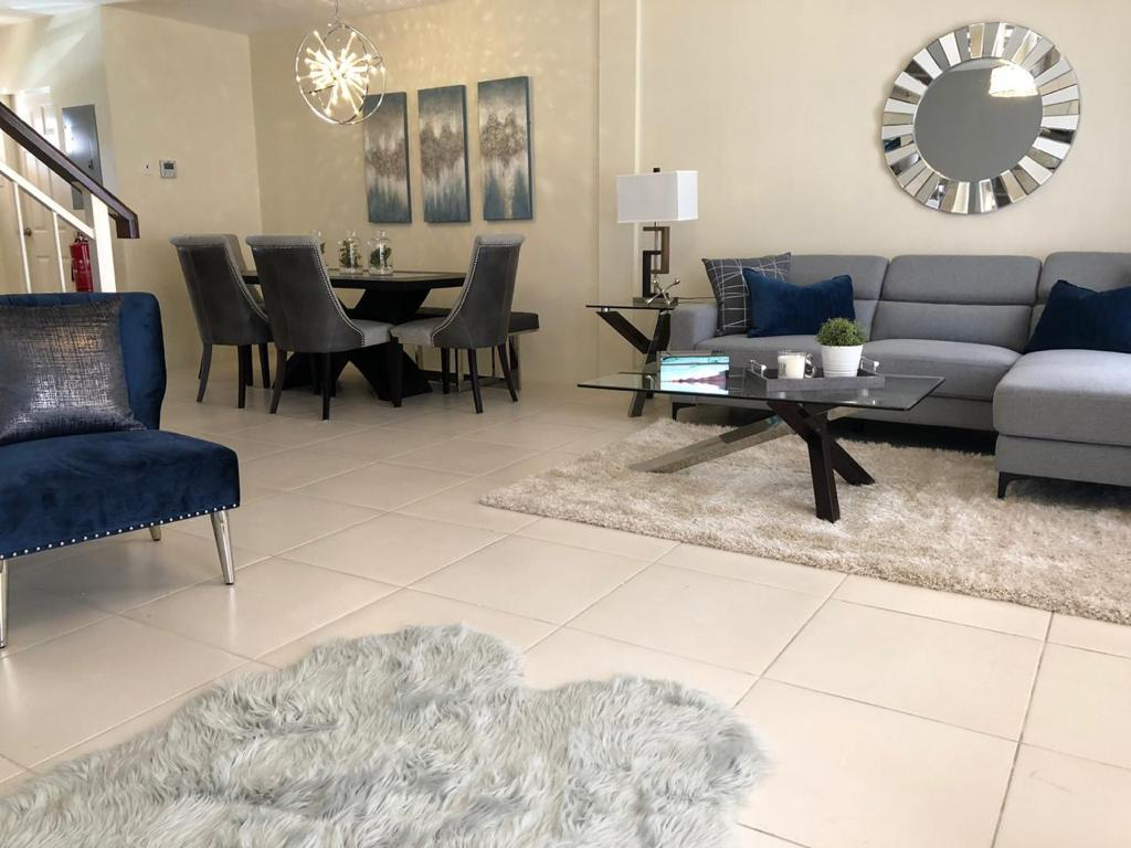 Brentwood Court Townhouse for Sale- TT$2.8M