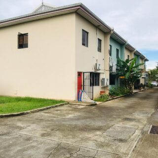 Las Lomas Townhouse for Sale