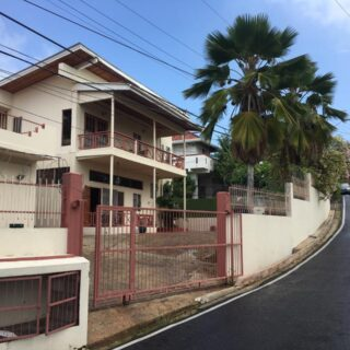 APARTMENT FOR RENT ST ANNS