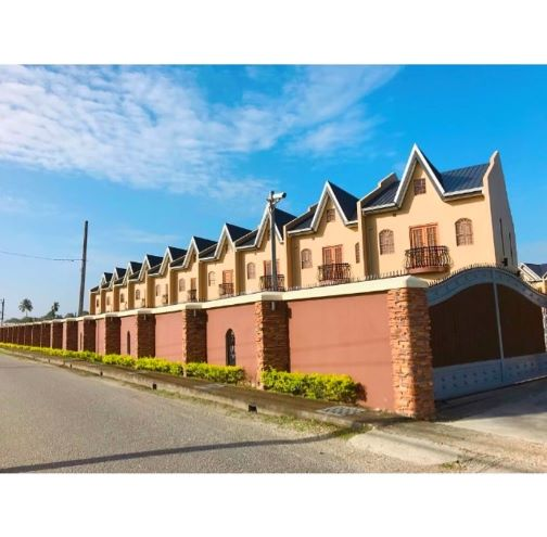 FOR RENT – FF and E 2 Bedroom Tuscany Townhouse with massive loft- Piarco