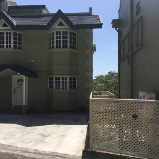 Townhouse for Rent in Glencoe