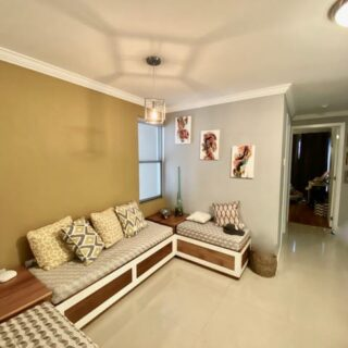 Upgraded West Hills apartment for Sale