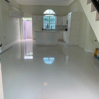FOR RENT : PIARCO UNFURNISHED 2 bedroom