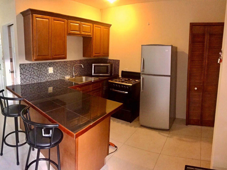 Studio Apartment- Cascade