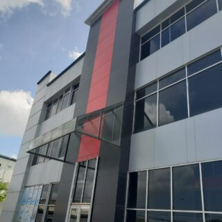Conveniently located Commercial space for rent in a modern building in Charlieville