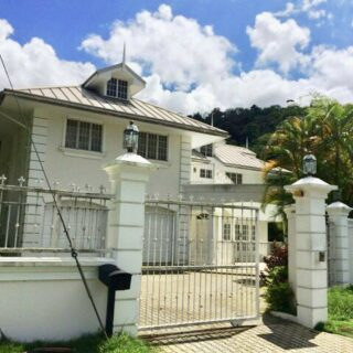 FAIRWAYS CLOSE, MARAVAL – EXECUTIVE HOME FOR RENT
