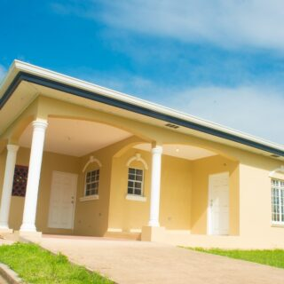 Single storey, UF,  3 AC bedrooms, 2 baths home in gated Arima development now for rent.