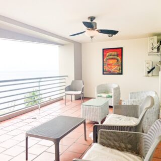 Upgraded Bayside Towers with large patio & sea view