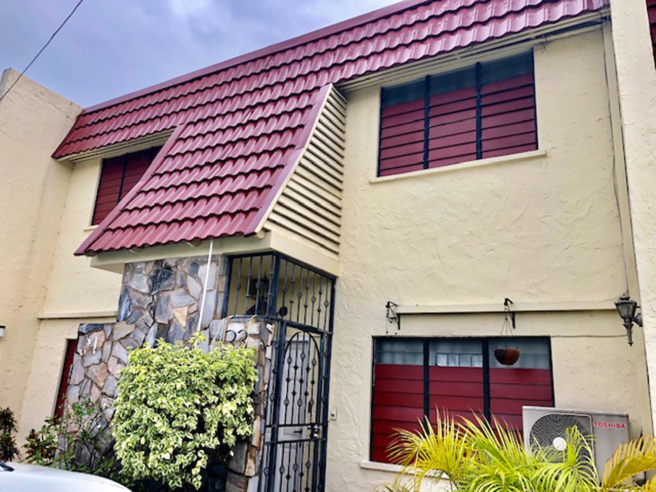 Townhouse for Rent in Westmoorings North
