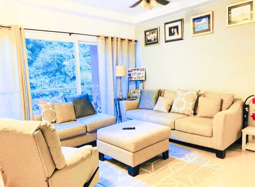PRICED TO SELL! 3 Bedroom Penthouse at West Hills
