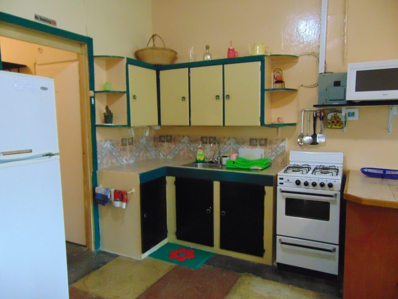 FOR RENT: Glencoe Apartment (1 bedroom)