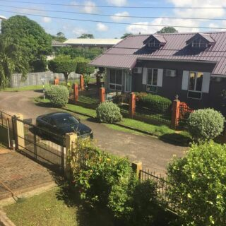 FOR RENT: VERY NICE STAND ALONE HOUSE Located in Central Park, Balmain Couva.