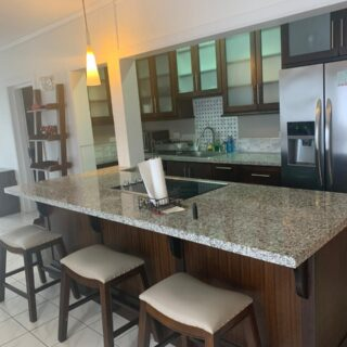 4 DERE STREET : Highsquare Apartment For Rent: TT10,000