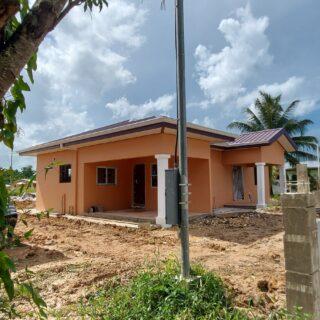 Arima 3 bedroom 2 bath Unfurnished house for sale