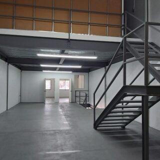 Tri Level Warehouse for Rent El Socorro $19,500 T.T.