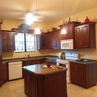 4 bed/ 4.5 Bath home for Sale Anguila Park Reduced to 4.795 M
